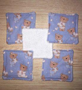 5 lingettes oursons bleu éponge blanc