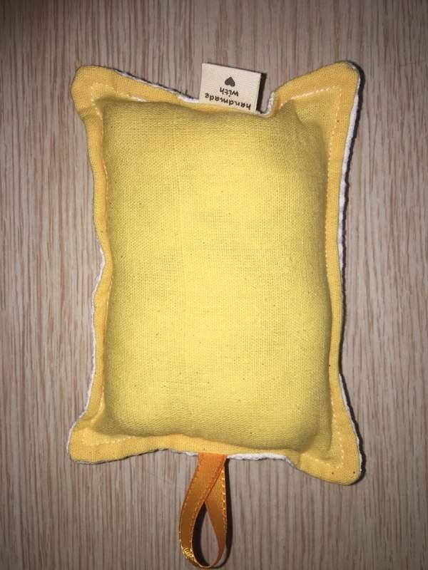 éponge écologique jaune