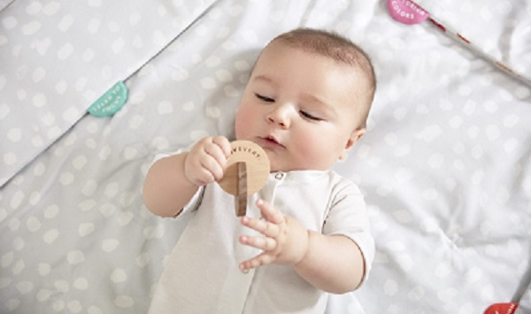 jouet montessori pour bébé
